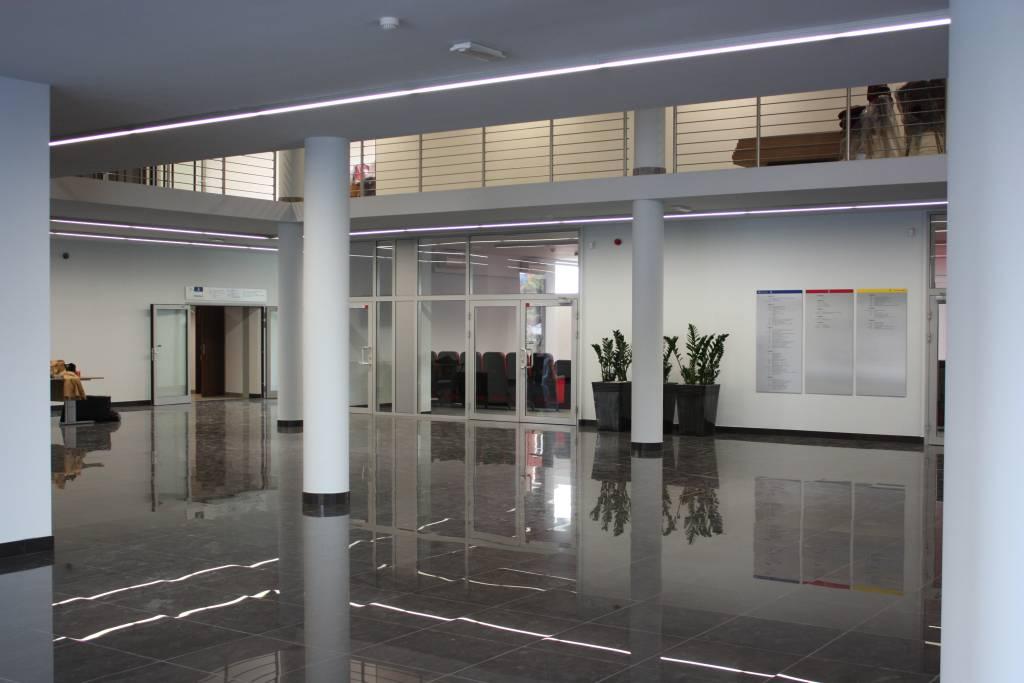 rozbudowa, wyzsza szkola techniczna, wst, realizacja, katowice, hall, lobby, wnetrze