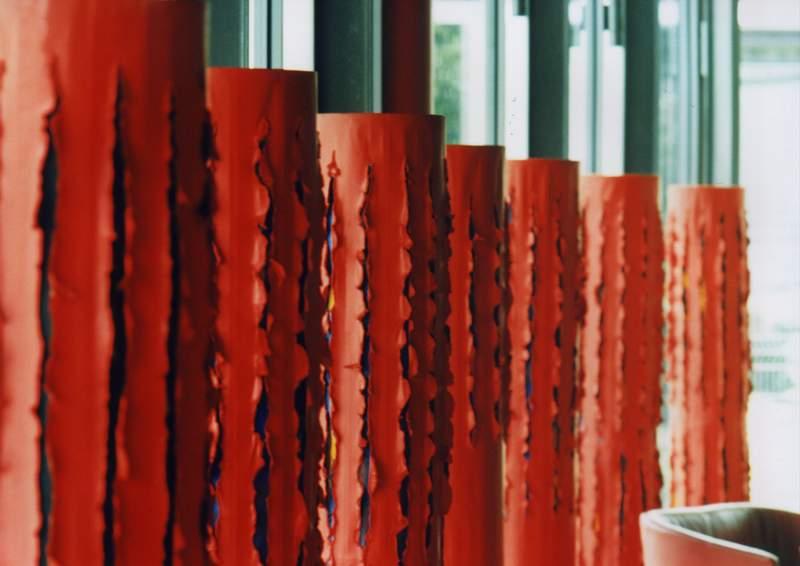 salon toyota, michal goli centrum, motyw japonski, czerwien, katowice